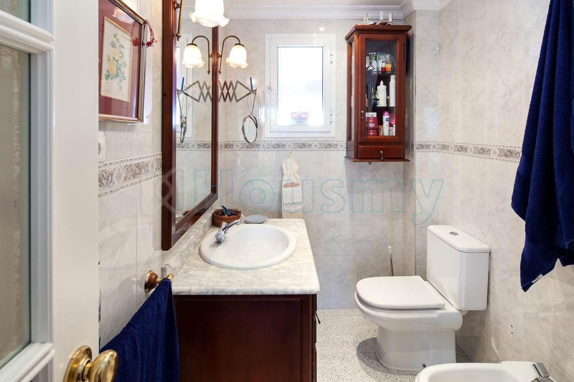baño de casa adosada en venta en puerto de la torre