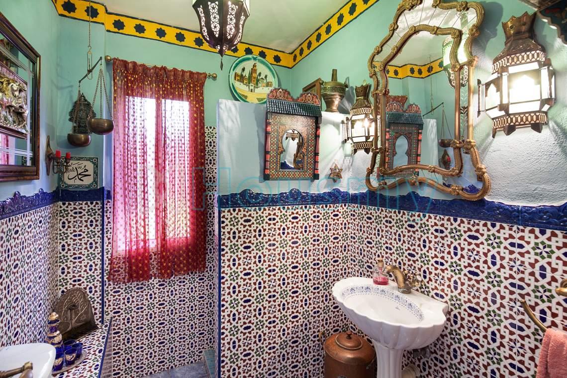 Casa con baño de estilo andalusí en Pedregalejo