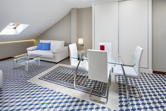 decoración de interiores en casas, housmy, uso de patrones en decoración, portal inmobiliario, decoracion de interiores
